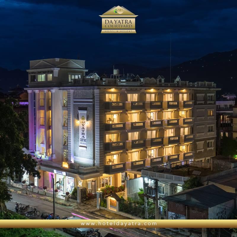 Hotel Da Yatra Courtyard